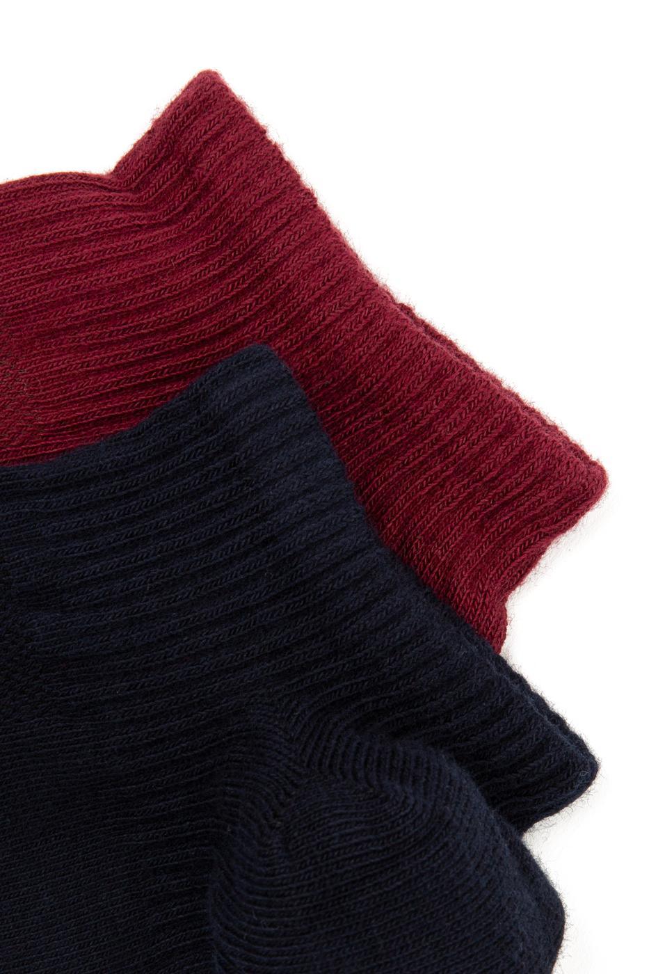 Kırmızı Çorap